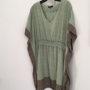 C. Luce size M mini green/black/cream shift dress